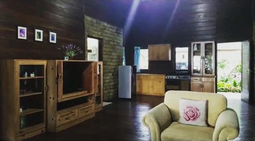 Villa Luhur Cisarua Puncak - Interior