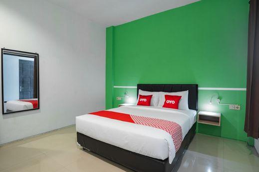 OYO Flagship 1575 Urban 18 Surabaya - Bedroom S/D