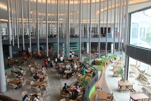 Royal Safari Garden Resort and Convention Bogor - Breakfast Area