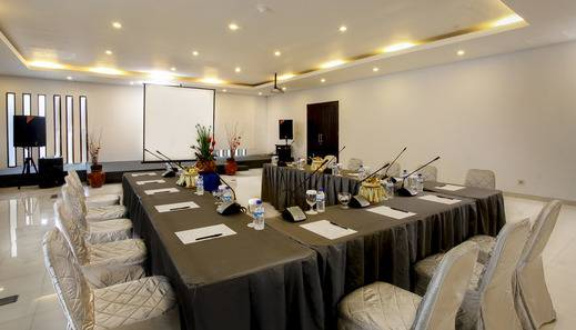 The Radiant Hotel Bali - Meeting Room