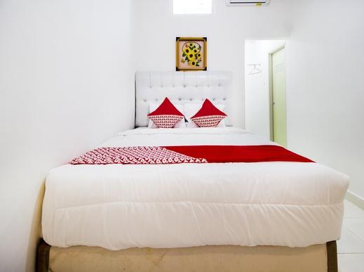 OYO 3777 Homestay Legundi Syariah Bandar Lampung - Bedroom