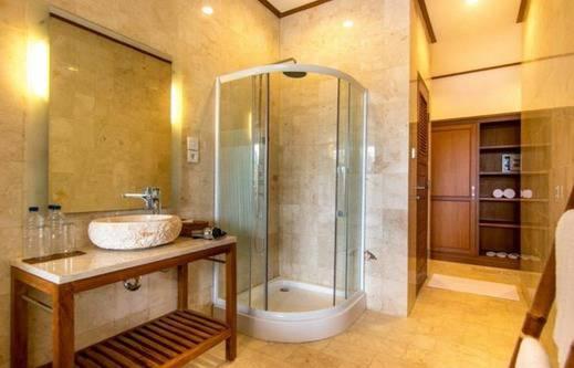Gita Maha Hotel Bali - Kamar mandi