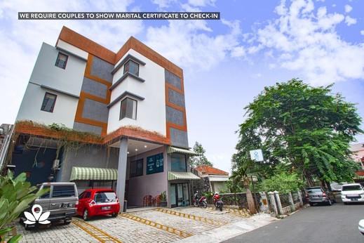 ZEN Rooms Uptown Residence Syariah Jakarta - Eksterior