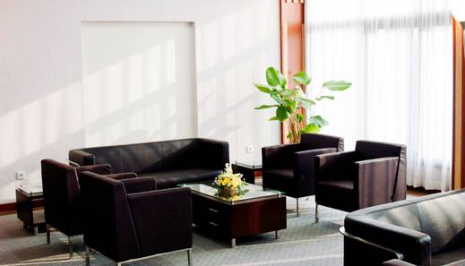 Enhaii Hotel Bandung - Lounge