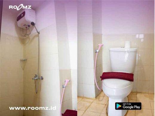 Easton Park Apartment Jatinangor By Roomz Sumedang - Bathroom