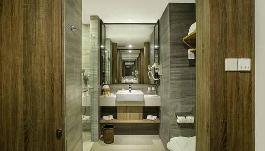 Swiss-Belresort Pecatu Bali - Bathroom