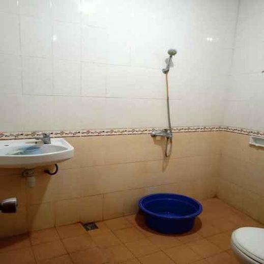 Abadi Hotel Tasikmalaya - Bathroom