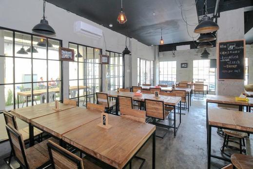 Airy Pedurungan Soekarno Hatta 31 Semarang - Restaurant