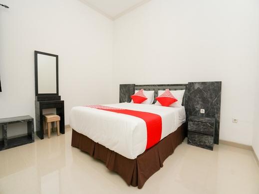 OYO 1957 Riverside Residence Surabaya - BEDROOM DL D
