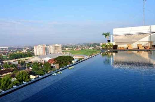 Student Park Hotel Yogyakarta - pool