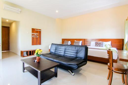 S5 Guest House Yogyakarta - family
