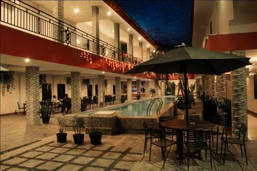 Careinn Hotel Merauke Merauke - kolam renang