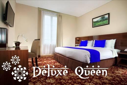 Hotel Namira Syariah Pekalongan - Kamar Deluxe Queen