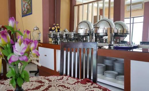 Syafira Hotel Tual Langgur Maluku - Restoran