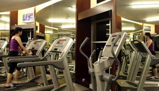 Metro Hotel Bekasi - Pusat Kebugaran