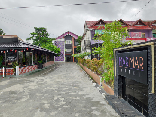 OYO 3428 Hotel Marimar Palangka Raya - Facade