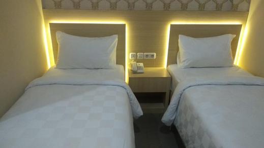 RangkayoBasa Guest House Padang - room