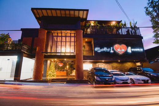 L Amore Hotel Seminyak Bali - exterior