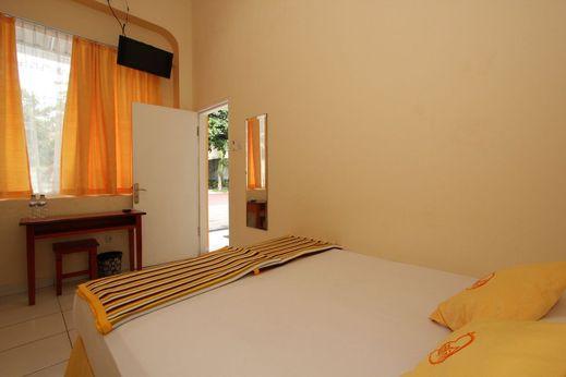 Hotel Damai Residence Semarang - Bedroom