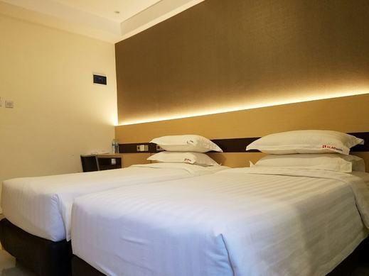 Sumi Hotel Surabaya - Guestroom