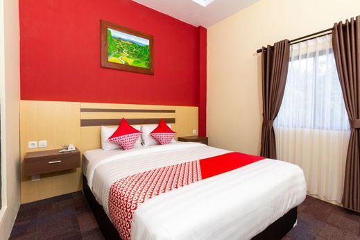 OYO 1334 De'amor Exclusive Timoho Yogyakarta - Bedroom