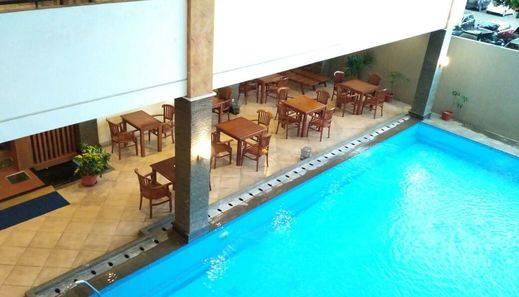 Hotel Grande Lampung - Kolam Renang