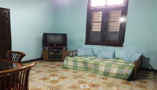 Dahlia Asri Homestay And Guest House Purwakarta - Interior