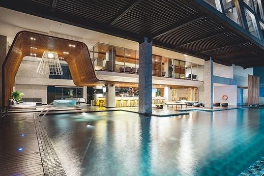 The Margo Hotel Depok - Pool
