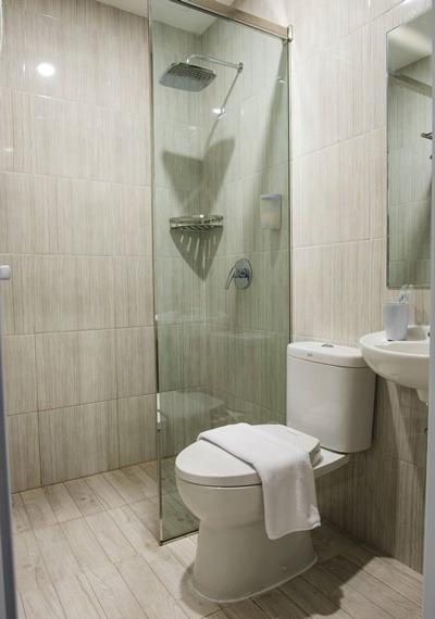 Rajawali Homestay Palembang - Bathroom