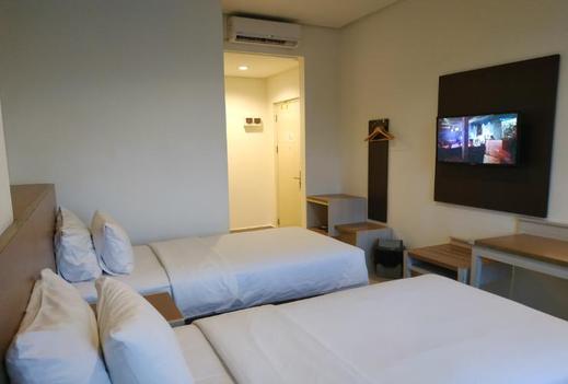 Big Fish Hotel Manado Manado - Big Fish Hotel