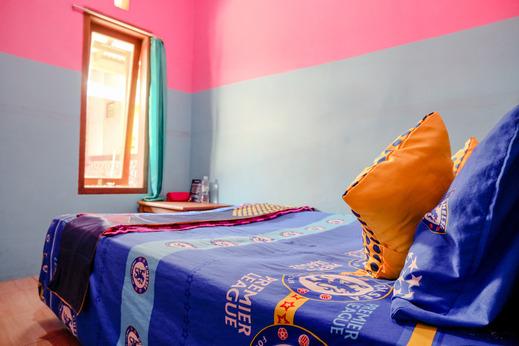 SPOT ON 1783 Ijen Traveller & Homestay Banyuwangi - Bedroom