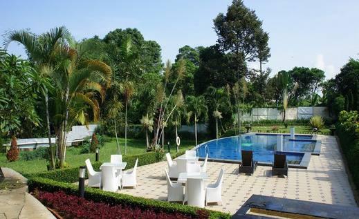 D Agape Residence Bogor - Kolam Renang