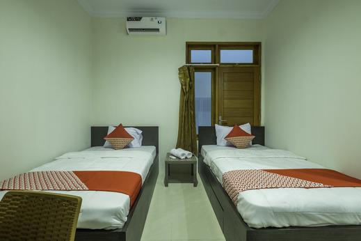 OYO 2259 Zleepy Ks Tubun Cirebon - Bedroom