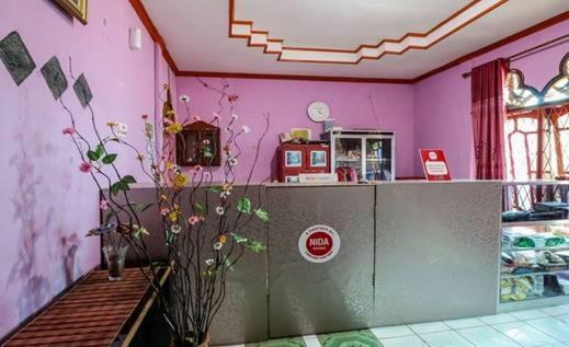 NIDA Rooms Alang Alang Lebar Palembang - Resepsionis