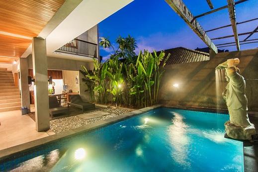 Kuta Legian Villa Bali - Pool