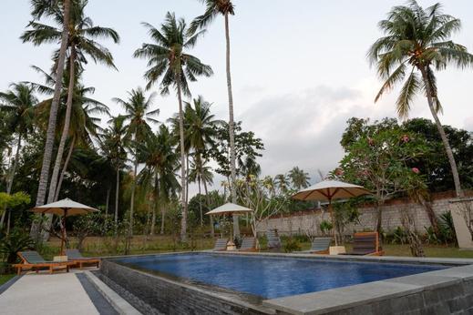 RedDoorz Plus near Pantai Melase Lombok Lombok - Photo