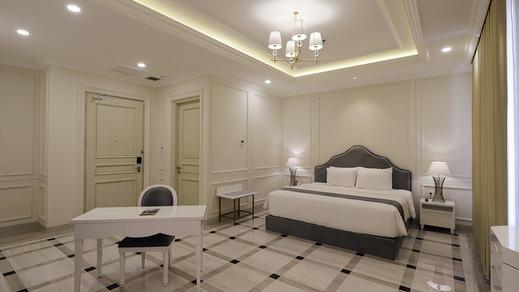 Grand Senyum Hotel Tugu Yogyakarta Yogyakarta - Grand Deluxe Double