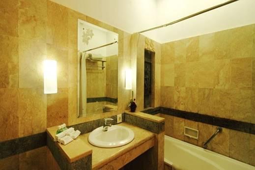Hotel Nirmala Denpasar - Kamar Mandi