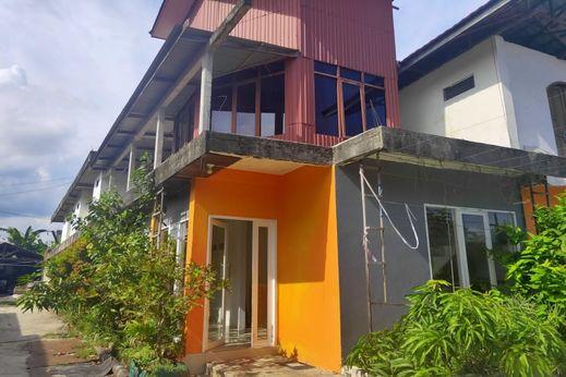 OYO 2731 Mim Guest House Balikpapan - Facade