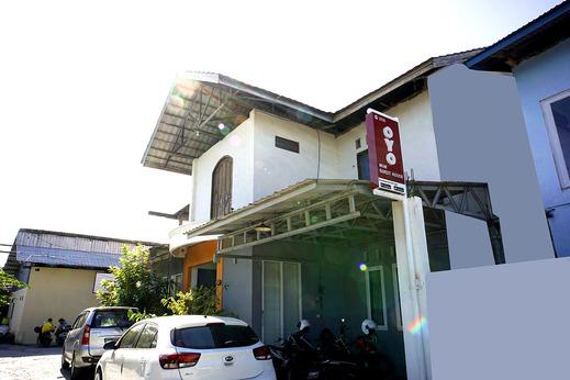 OYO 2731 MIM Guest House Syariah Balikpapan - Facade