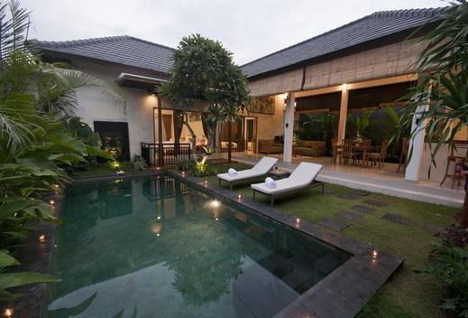 Sandi Agung Villa Bidadari Bali -