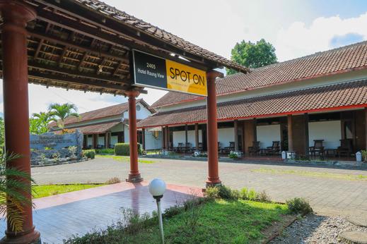 SPOT ON 2465 Hotel Raung View Banyuwangi - Facade
