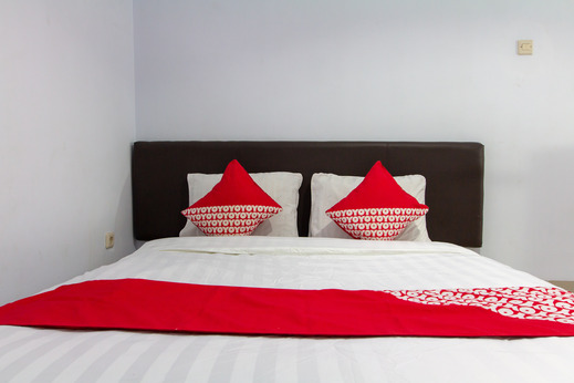 OYO 645 Griya Mas Syariah Tangerang - Guest Room