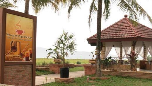 Parai Beach Resort Telengria Pacitan - Eksterior