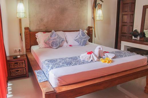 Jukung Villas Kuta Bali - bedroom