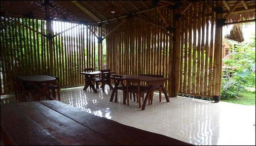 Shibui Garden Bungalows and Restaurant Lombok - interior