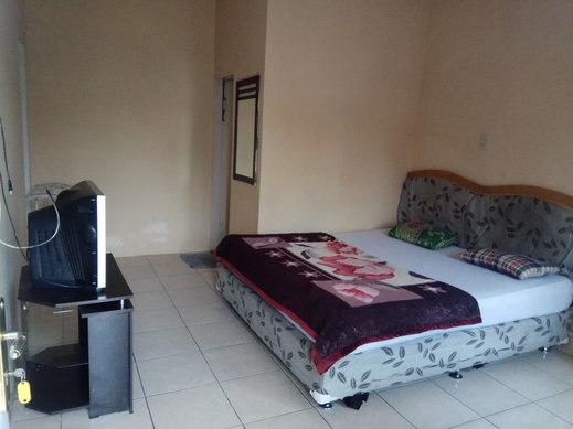 Penginapan Shohwah Karo - Bedroom
