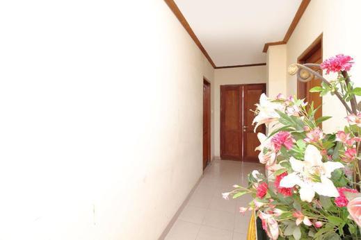 Airy Eco Syariah Bugis Pirus 30 Samarinda - Corridor