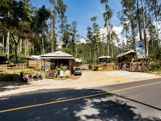 OYO 3772 Cigadog Residence Bandung - Facade