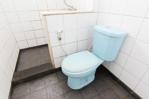 Saidah Guest House Bandung - Bathroom